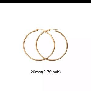 NIB 20mm 14 kt gold plated Hoop Earrings
